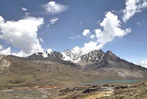 Huayna_potosi_panorama