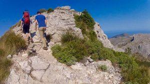 Kurz vor 11 Uhr werden wir den Gipfel des Puig de l'Ofre erreichen.