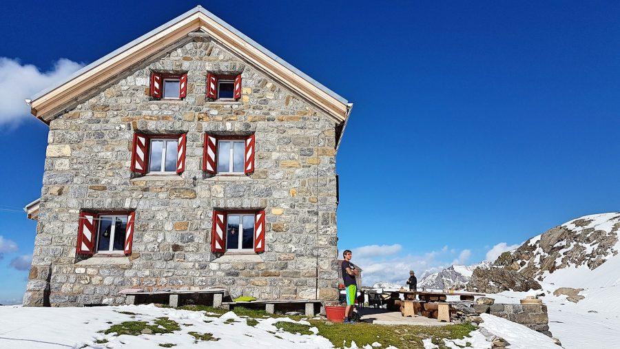 01-glarner-alpen-clariden-huette