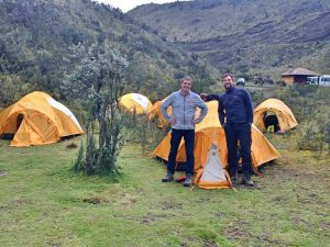 01b-cotopaxi-ecuador-besteigung-zeltlager-nationalpark