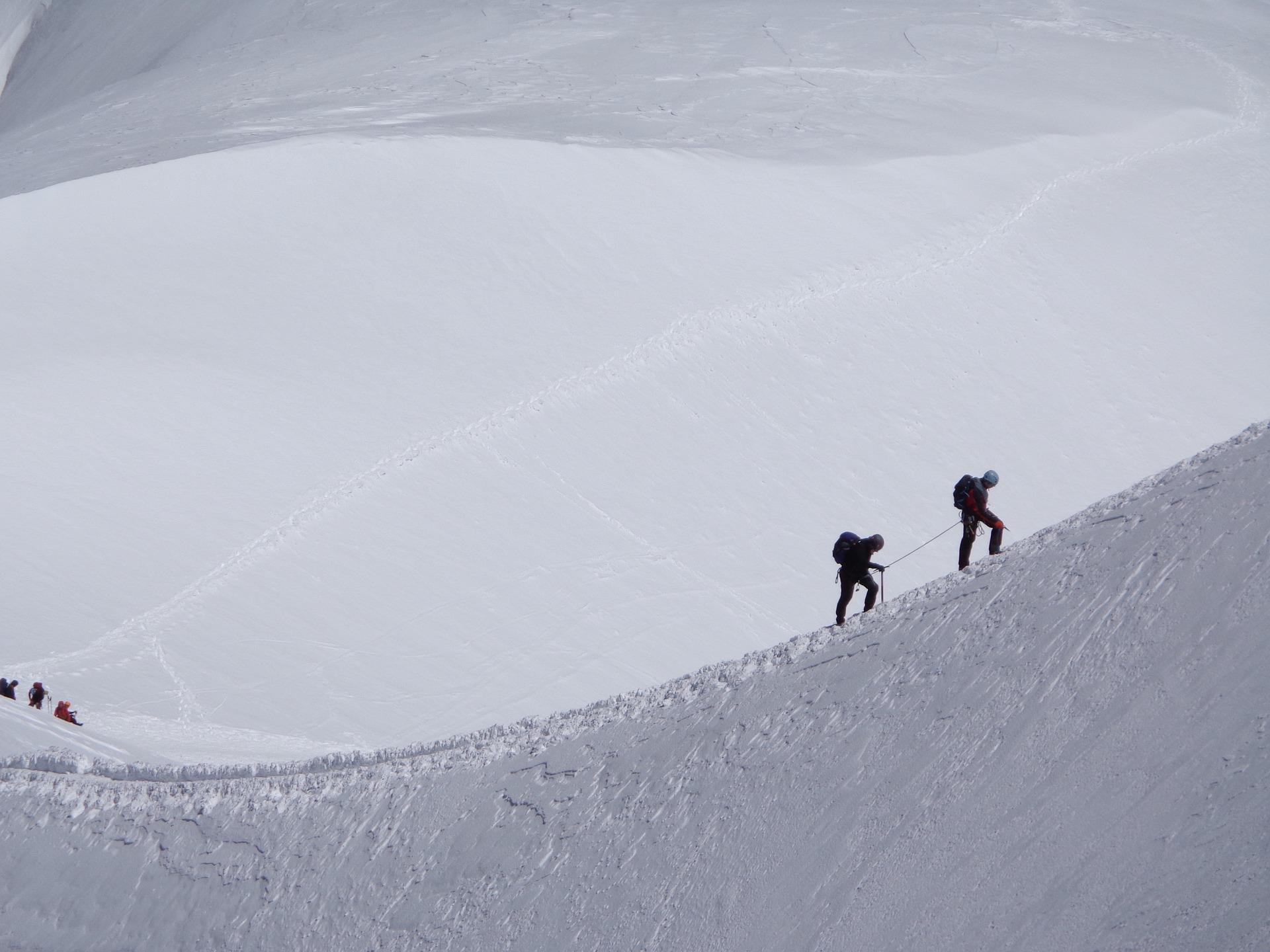 Klettergurt Hochtouren : Skylotec klettergurt pyrit für klettersteige und gletschertouren